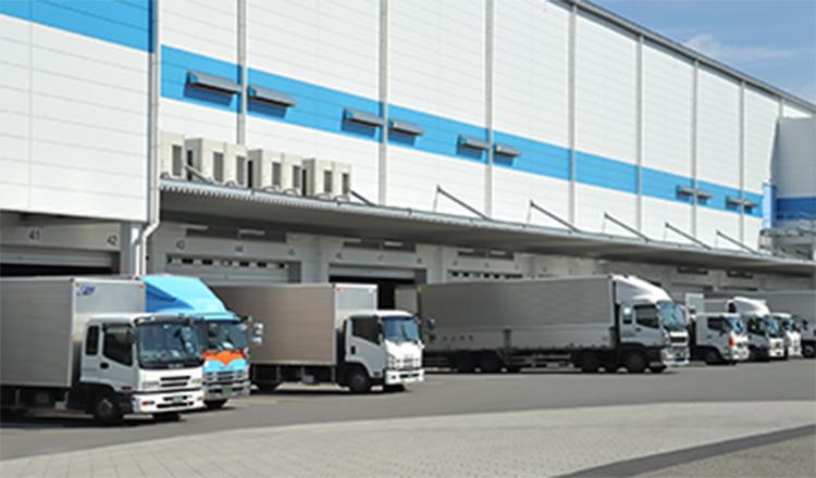 輸送X倉庫+機器設置までの一貫サービス